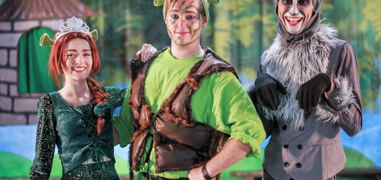 Aliso Laguna News Pantless Knight S Hilarious Shrek 2 Musical Parody It S Not Ogre Yet Uploaded To Youtube Aliso Laguna News